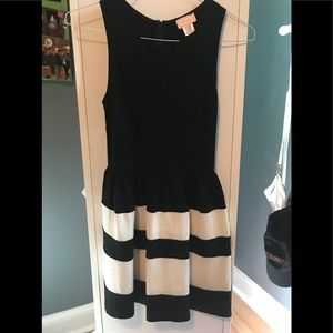 Black and white striped dress. Thick soft fabric